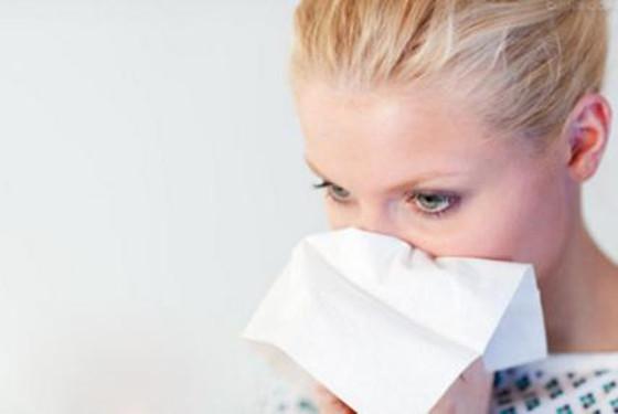 孕期鼻子出血怎么回事_孕妇流鼻血怎么回事 究竟是上火还是体内缺乏什么 - 妈妈育儿网