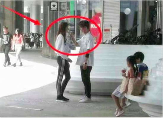 鹿晗关晓彤接吻照曝光 胖迪的粉丝都看不下去了