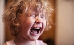 孩子爱发脾气是怎么回事 孩子爱发脾气父母应该如何应对
