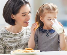 幼儿园中班语言教案《好吃的早餐》 从早