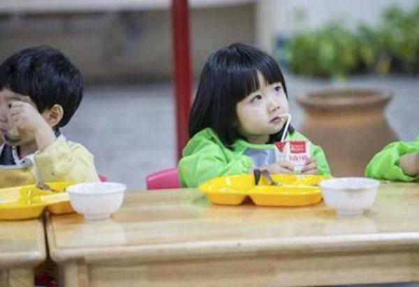 孩子不愿意上幼儿园怎么办不是难题 6招搞定!