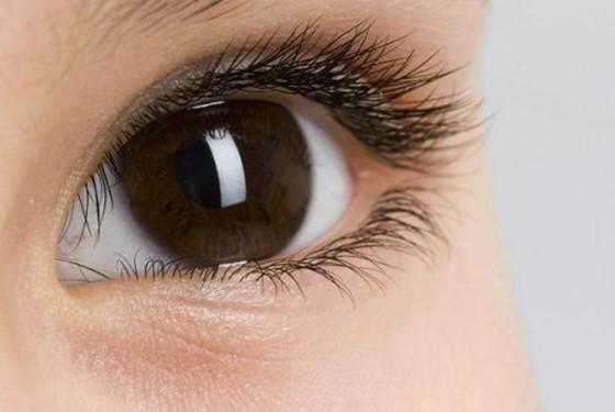 视网膜出血普遍 新生儿眼底出血严重吗?