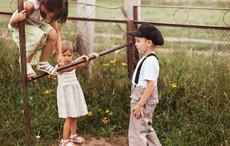 小孩子爱打抱不平是怎么回事 孩子爱管闲事家长该怎么办