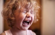 溺爱孩子的危害是什么? 这些现象说明你还在溺爱孩子!