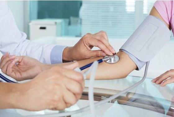 孕妇血压正常范围 只要不超过这个数值就OK