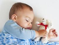 宝宝爱说梦话该怎么护理 8招教你做护梦精灵