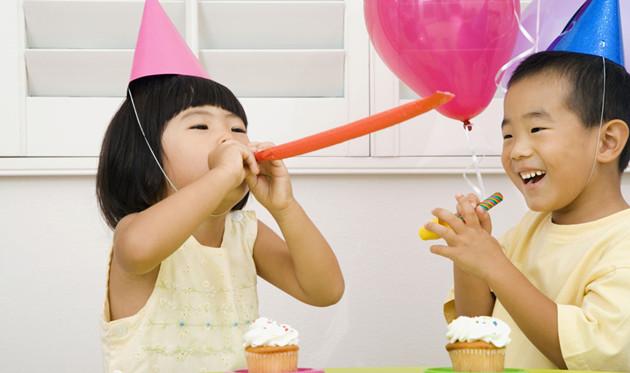 托班社会教案《我的幼儿园》让幼儿初步建立安