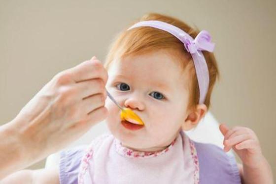 怎么樣正確喂養寶寶