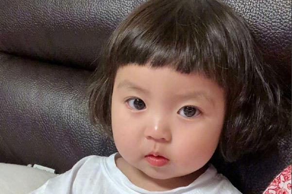 韩国女孩发型图片大全 韩国宝宝罗熙rohee发型图片(2)