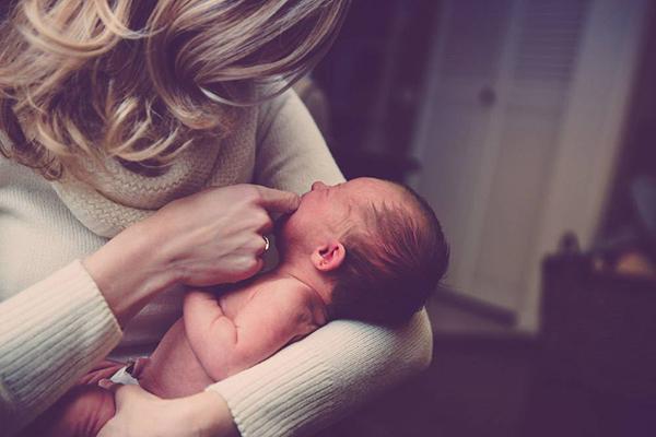喂药器有必要买吗 事实告诉你宝宝为啥要用喂药器