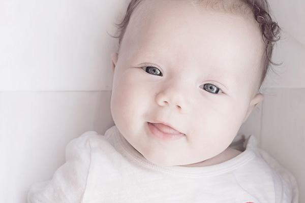 婴儿拍艺术照注意事项 宝宝拍艺术照这些事一定要知道