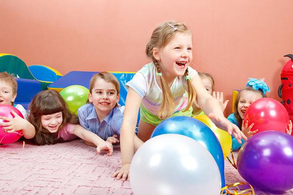 幼儿园好玩的简单的户外游戏推荐 老师们快收藏啦