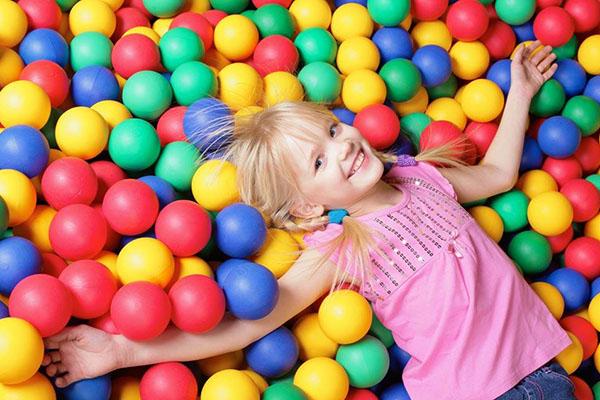 幼儿园感恩亲子游戏 全是互动又有趣的亲子游戏推荐