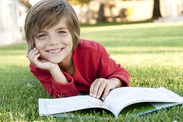 如何给孩子选绘本 不同阶段有不同选择