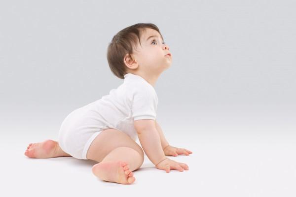 适合一岁宝宝的游戏 这些游戏简单有趣还能增加宝宝智力