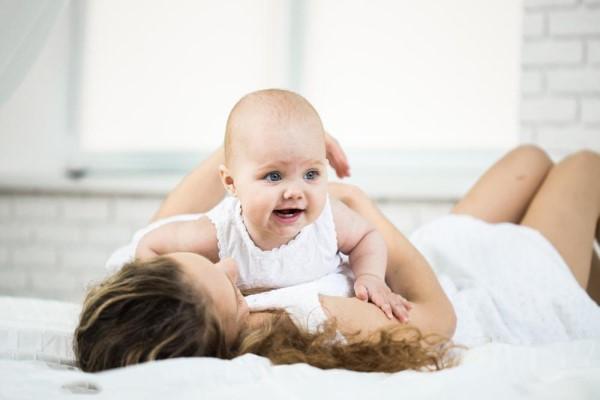 区分新生儿肺炎 吐泡泡 留心宝宝吐泡泡