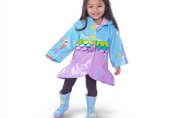 最好的进口雨鞋品牌 孩子的成长怎能缺少一双雨鞋呢图片