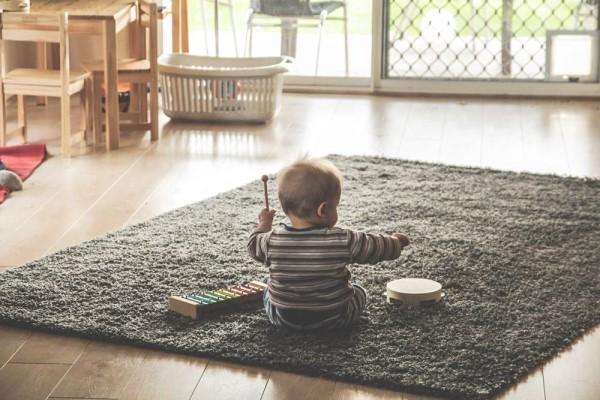 1岁宝宝发脾气正确处理方式 养成宝宝好性格的第一步